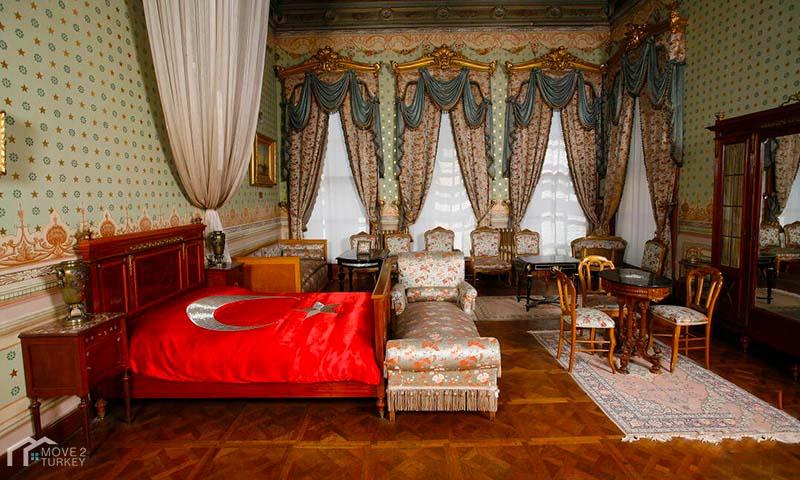 Dolmabahçe Palace Ataturk room