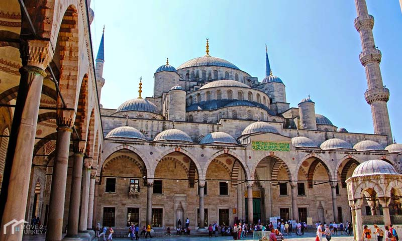 Sultan Ahmed Mosque | the blue Mosque courtyard