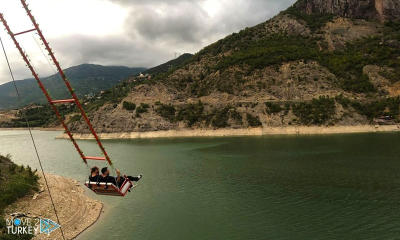 the giant swing on Lake Borçka