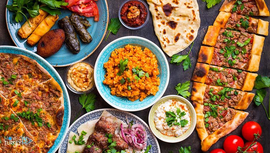 وجبة غداء تركية